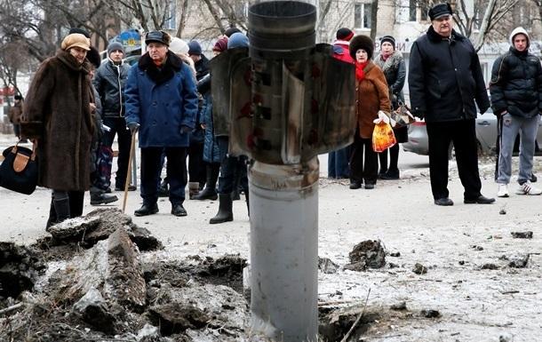 Кабмин выделил почти два миллиона пострадавшим при обстреле Краматорска