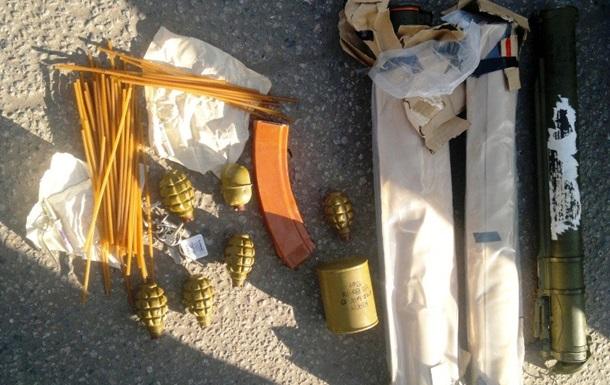 Под Днепропетровском у пьяного водителя нашли два гранатомета