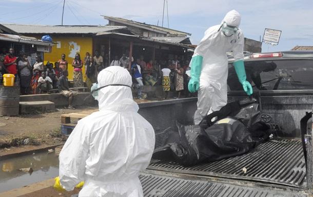 Число жертв Эболы в Африке превысило 10 тысяч человек