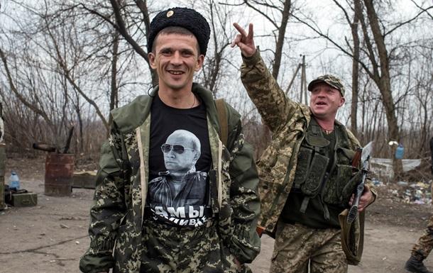 Портреты Путина и голодные очереди. Что происходит в Чернухино