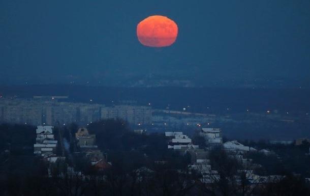 В ЛНР ввели  сухой закон  ночью