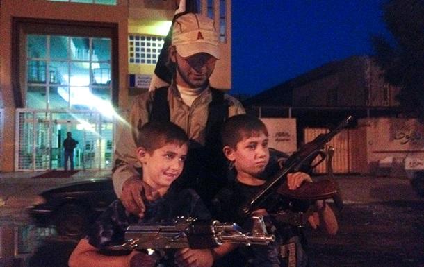 В палаче Исламского государства узнали 11-летнего французского школьника