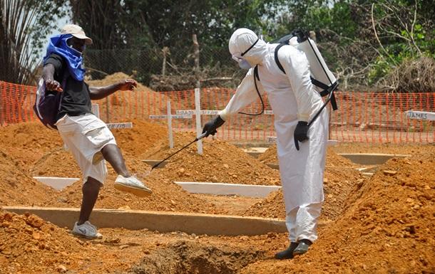 10 граждан США отправляют из Сьерра-Леоне на родину из-за Эболы
