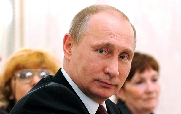 Путин не воспользовался разрешением Совфеда ввести войска в Украину