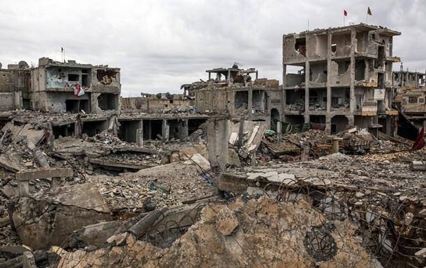 Правозащитники: В Сирии за время войны убиты более 215 тысяч человек