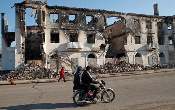 У Порошенко рассказали, когда начнется восстановление Донбасса