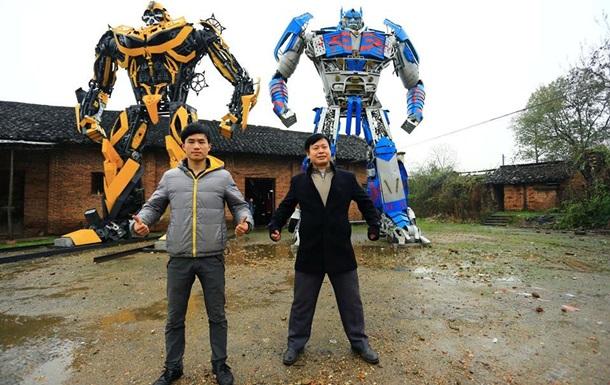 Китайские крестьяне собирают огромных трансформеров из старых автомобилей