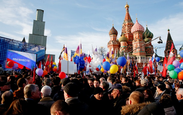 Москва встала в пробках из-за празднования аннексии Крыма