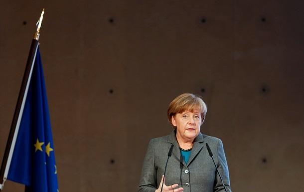 Меркель: Санкции против РФ зависят от полного выполнения минских соглашений