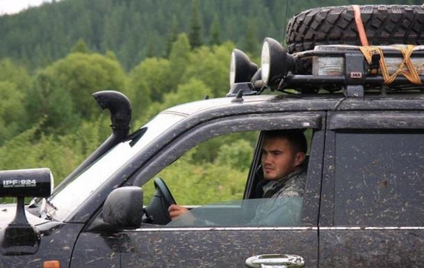 Сын Януковича был в авто, затонувшем на Байкале - СМИ