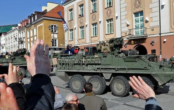 Польша настаивает на постоянном присутствии войск НАТО в стране