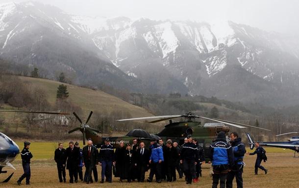 Авиакатастрофа во Франции: спасатели живых не нашли