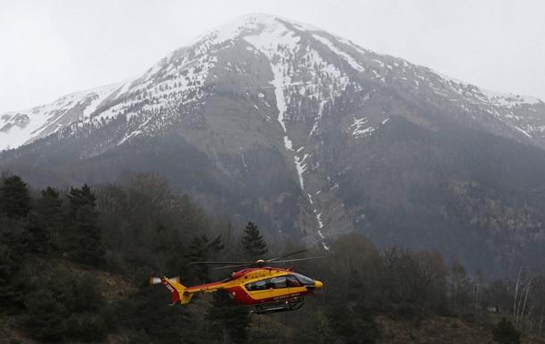 Авиакатастрофа во Франции: спасатели видели двигающиеся тела