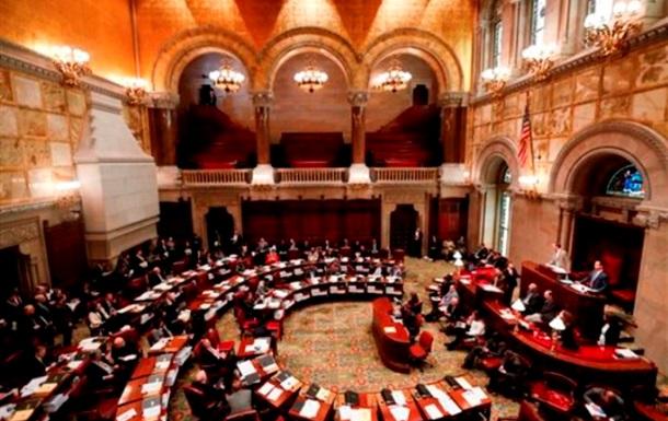 Сенат США принял резолюцию с призывом о передаче оружия Украине