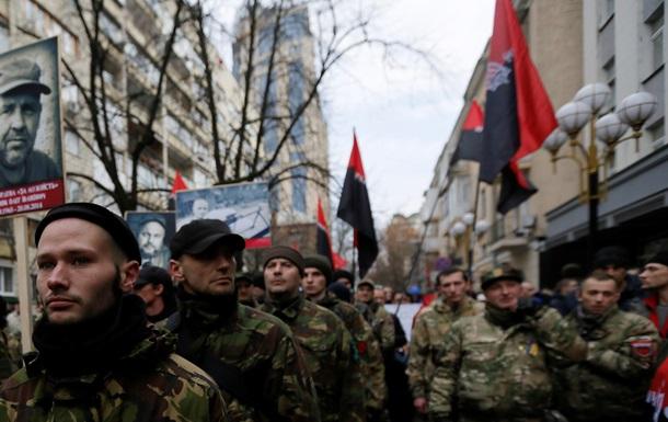 Правому сектору предложили вступить в украинскую армию