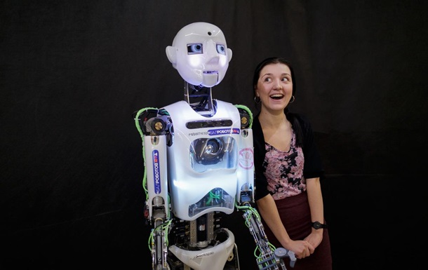 Роботы со всего мира съехались на бал в Минск