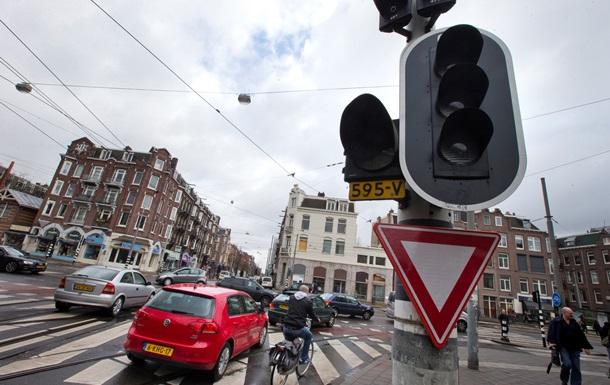 Энергоавария в Амстердаме: без электричества остались около 1 млн домов