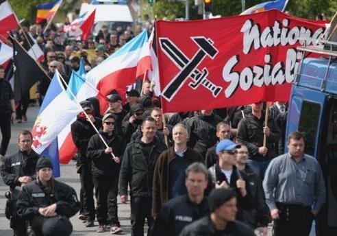 Пока ищут фашизм в Украине…