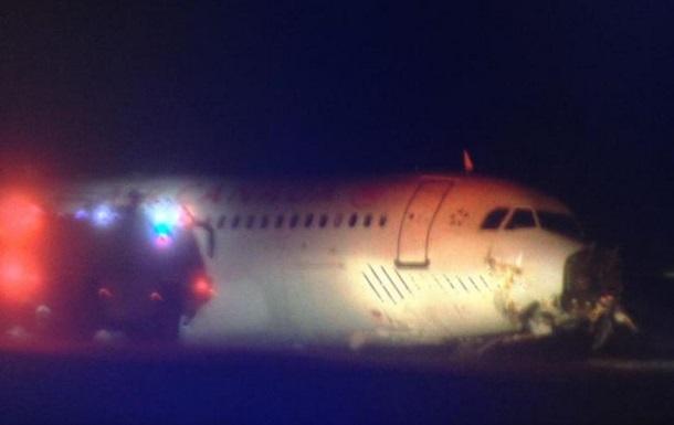 В Канаде самолет налетел на линии электропередачи: 25 человек травмированы