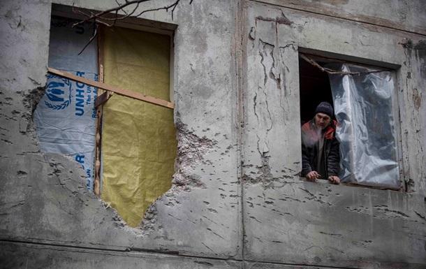 В Мариуполе жителям разрушенных домов посоветовали судиться с государством