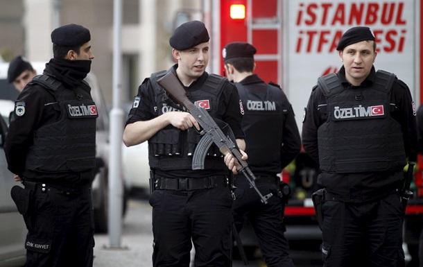 Стамбул: У офиса прокурора слышна стрельба