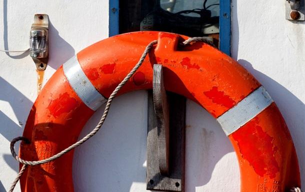У берегов Камчатки затонул траулер: погибли восемь человек