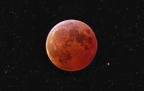 Полное затмение Луны в апреле станет самым коротким за столетие