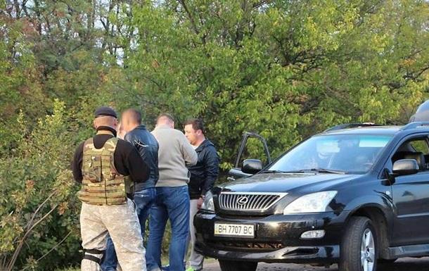 В Херсонской области задержали военного с пулеметом, который угнал авто