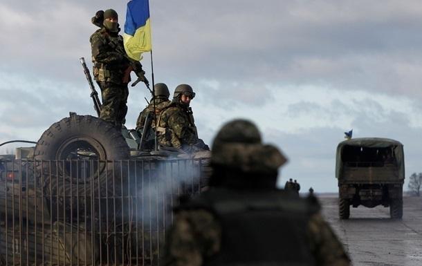 Ситуация в АТО: обстрелы Песок и атаки вблизи Крымского