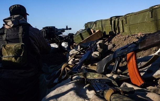 Сутки в АТО: на окраинах Донецка не утихают бои