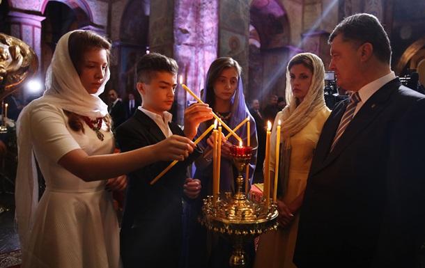 В Пасхальную ночь Порошенко помолится за мир в Украине