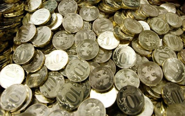 Сильный рубль угрожает российской казне - Bloomberg