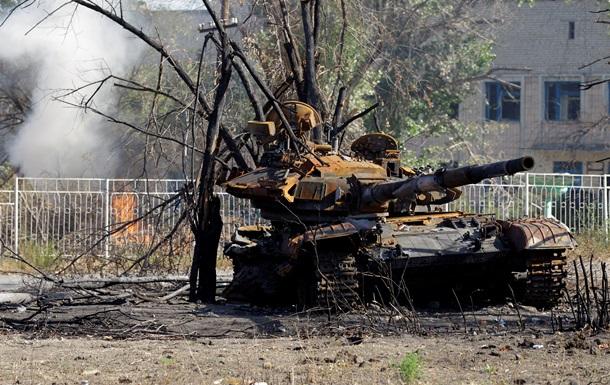 Под Песками бойцы АТО подбили танк сепаратистов - Генштаб