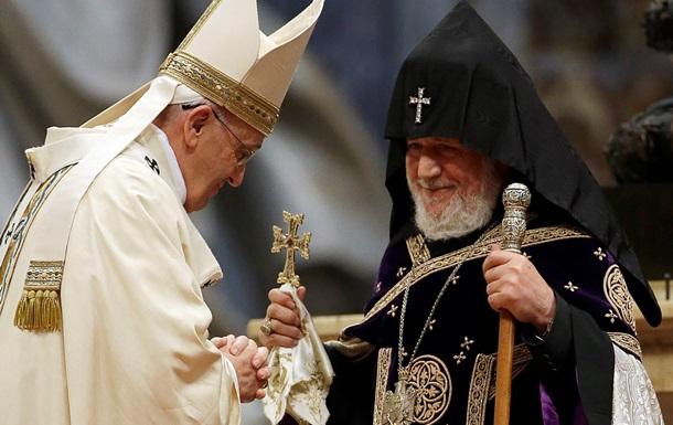 Турция выразила протест послу Ватикана после заявления о геноциде армян