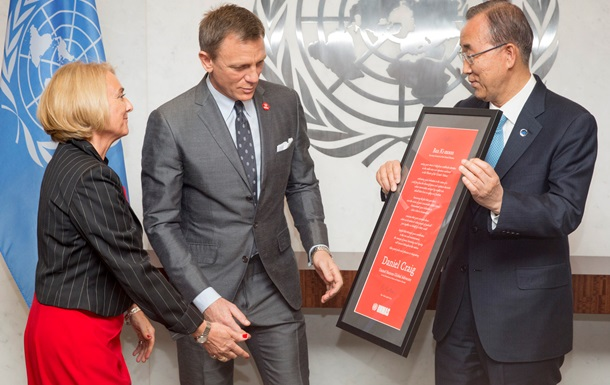 Актер, сыгравший агента 007, стал борцом ООН за ликвидацию мин