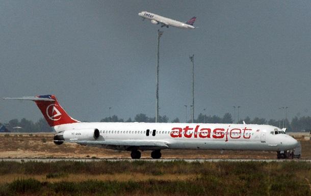 Лоукост Atlasjet Украина к лету запустит рейсы из Львова