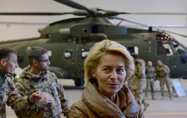 Министр обороны ФРГ обещает поддержку странам Балтии