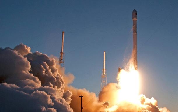 SpaceX показала видео взрыва Falcon 9 при посадке
