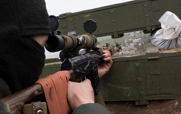 В зоне АТО бои около Донецка и Марьинки