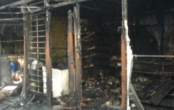 В Харькове горели пять торговых киосков