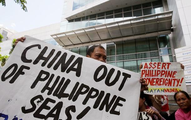 Филиппины призвали Китай не застраивать спорные острова