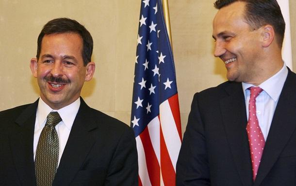 Американский посол извинился перед Польшей за директора ФБР