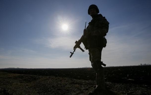 Под Донецком погибли пятеро украинских военных - волонтер
