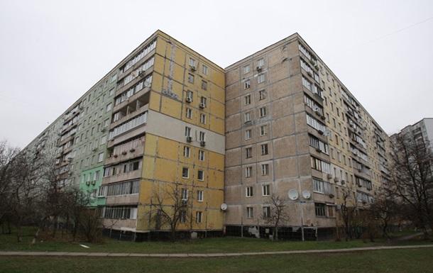В трех районах Киева отключили горячую воду