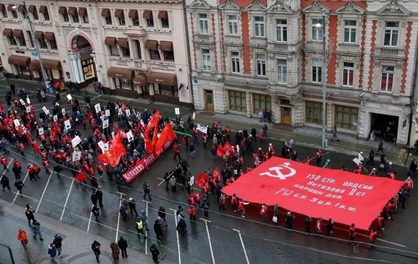 Ученые разных стран призвали Киев остановить декоммунизацию