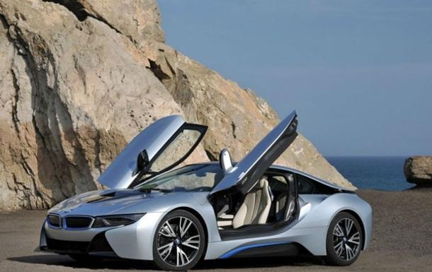 Первая информация о новом электромобиле BMW просочилась в Сеть