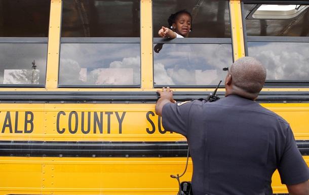 В США педофил угнал школьный автобус, чтобы похитить детей