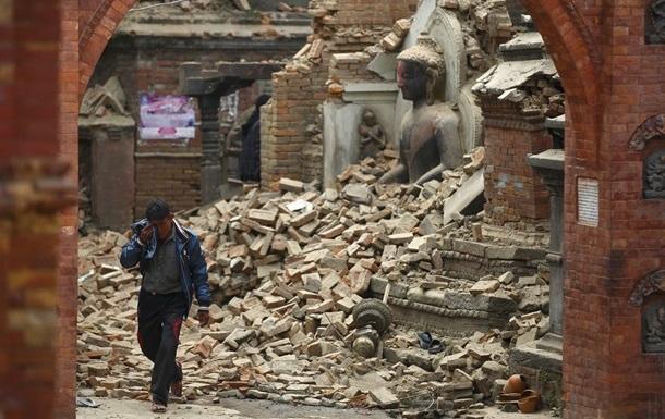 МИД: Не удается установить связь с 91 украинцем в Непале