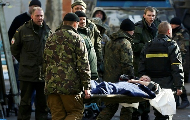 На Луганщине на растяжке подорвался военный