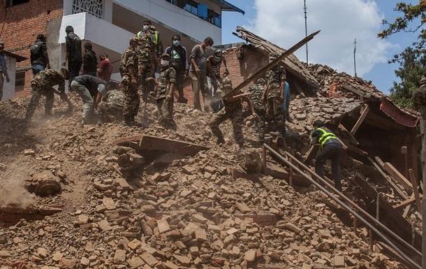 Жертвы землетрясения в Непале